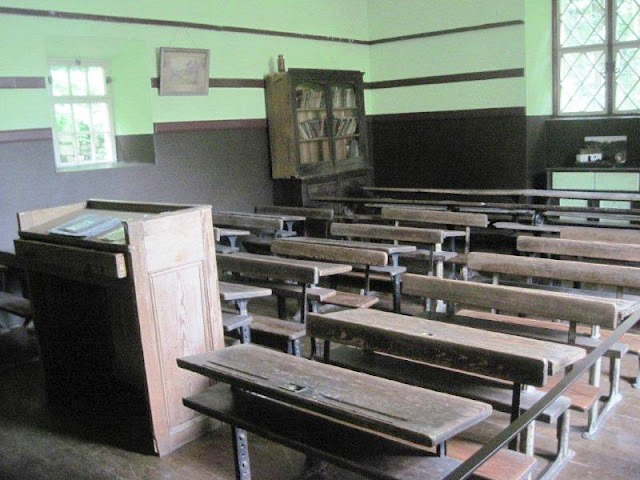 school room at Bunratty Folk Park